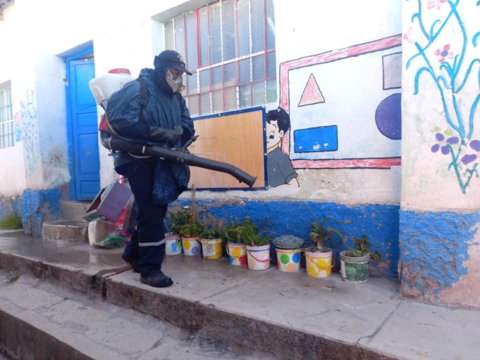 22 Instituciones Educativas fueron fumigadas como medida preventiva