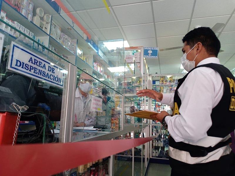 Se realizó operativo articulado en farmacias de Huamanga